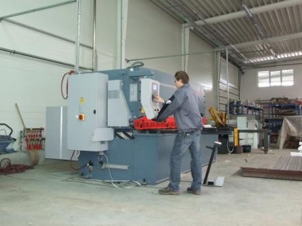 CNC lemezdarabolás 3000mm-ig Lv.4-ig
